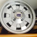 Lancia Fulvia Cromadora wheels